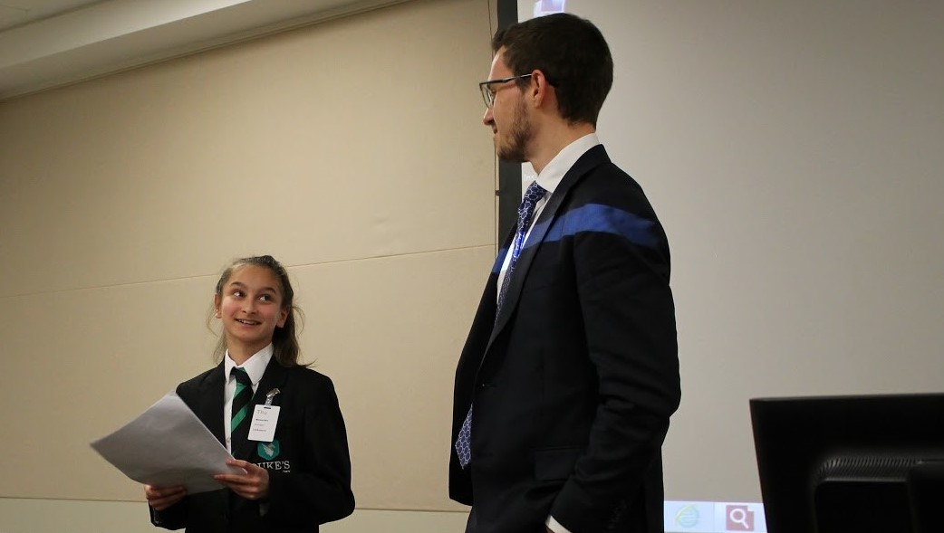 Pupil presenting at Linklaters mentoring event